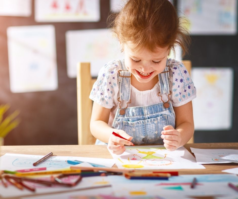 6 REASONS YOUR CHILD SHOULD DRAW AT HOME, IN DAYCARE, AND IN SCHOOL